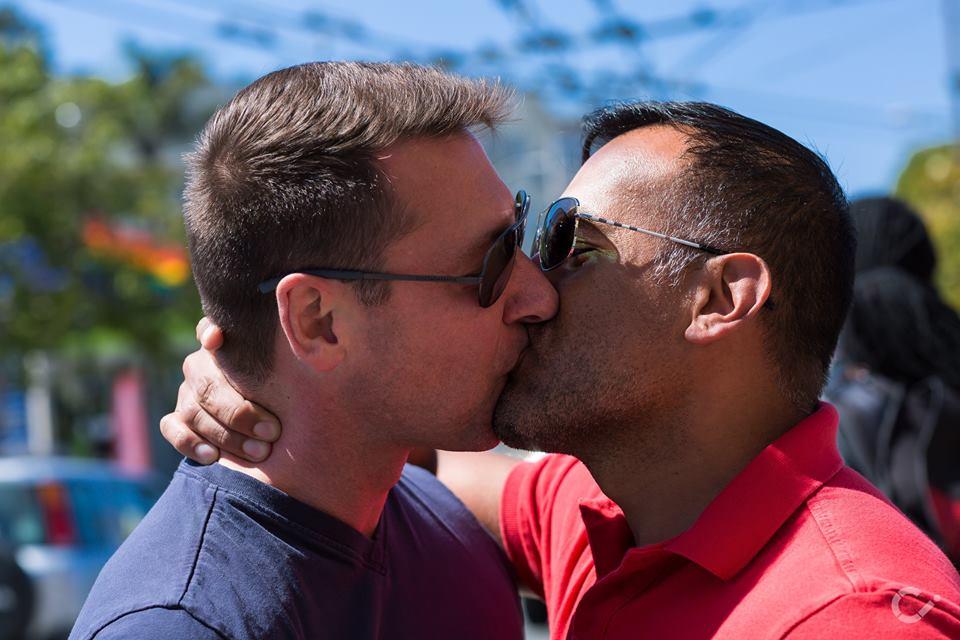 KeepKissing-LGBT-Couples-by-Curt-Janka12.jpg