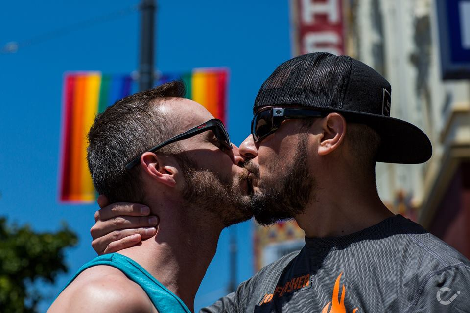 KeepKissing-LGBT-Couples-by-Curt-Janka30.jpg