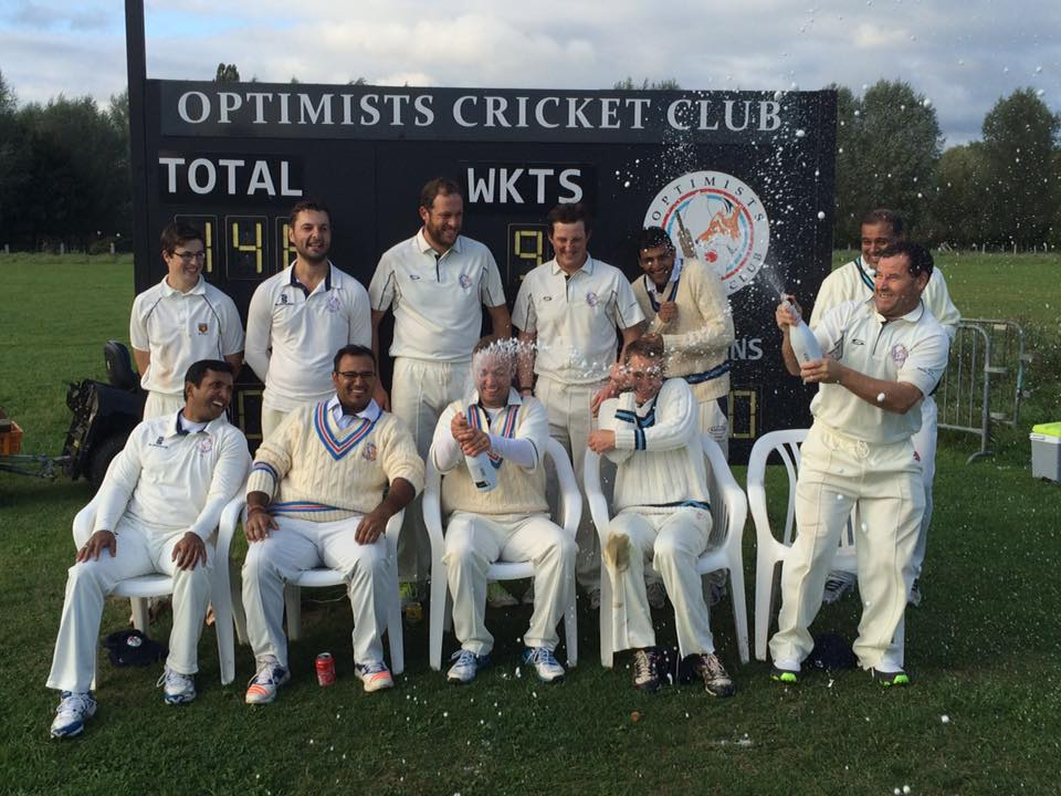 Optimists CC celebrating winning the Belgian League Division 2 in 2017 for the 3rd year!