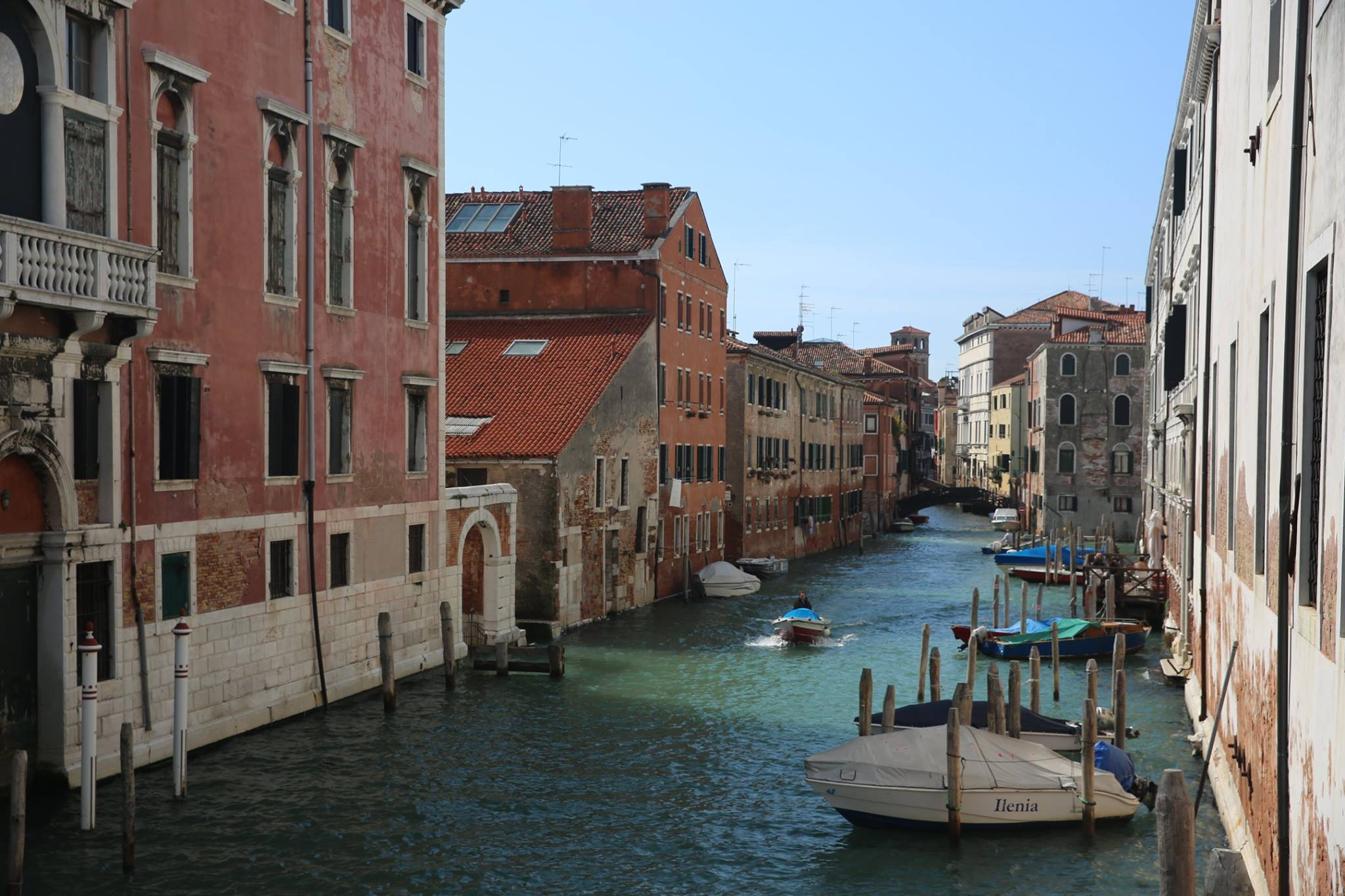 The quiet (and non stinky at all) canals of Venice in March