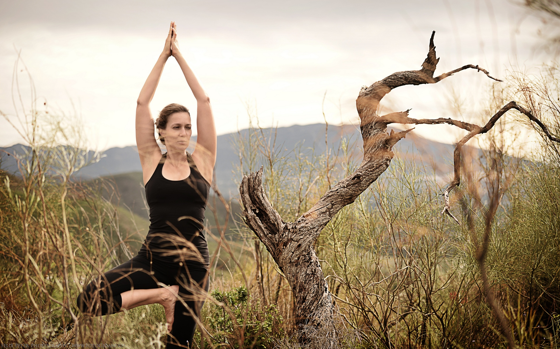 Felix-Peter-Yoga-Pilates-Dance-Fotografie_Bern_068.jpg
