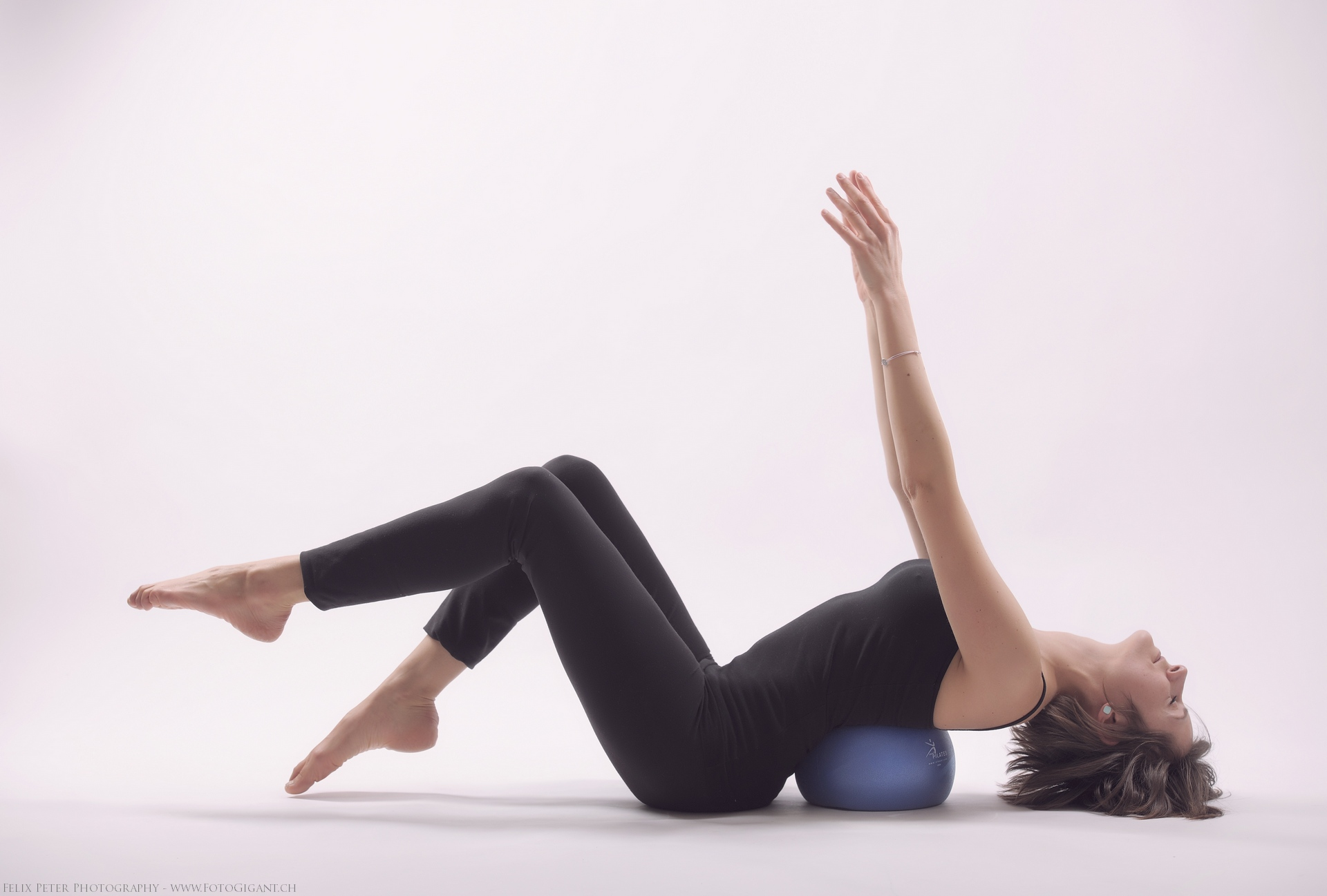 Felix-Peter-Yoga-Pilates-Dance-Fotografie_Bern_094.jpg