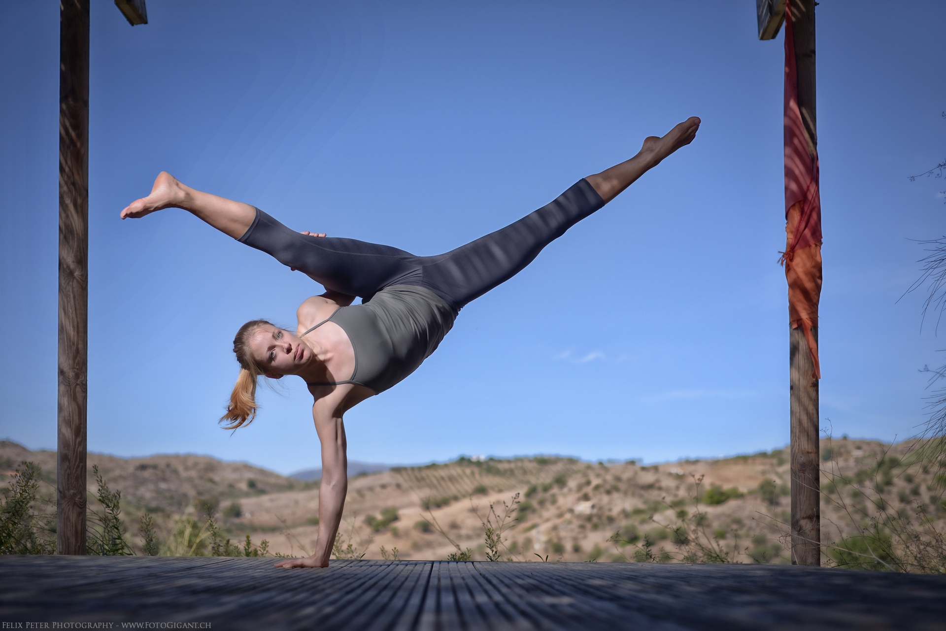 Felix-Peter-Yoga-Pilates-Dance-Fotografie_Bern_099.jpg