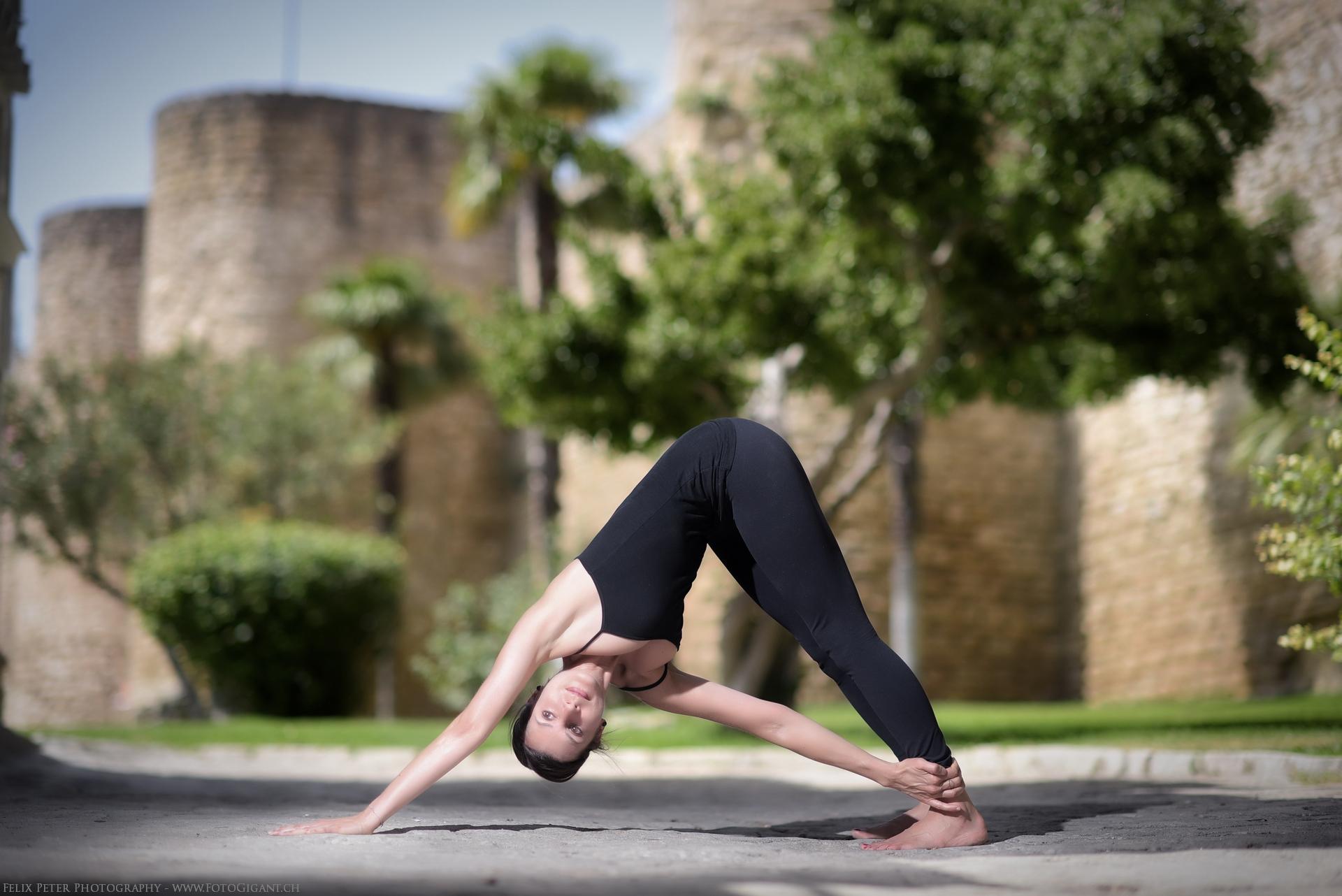 Felix-Peter-Yoga-Pilates-Dance-Fotografie_Bern_121.jpg