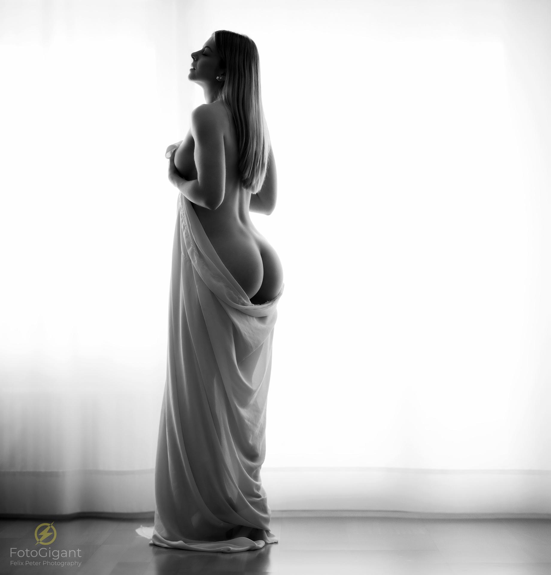 Dessous- & Akt-Fotoshootings... - ...im Fotostudio Worb / Bern von Felix Peter Photography