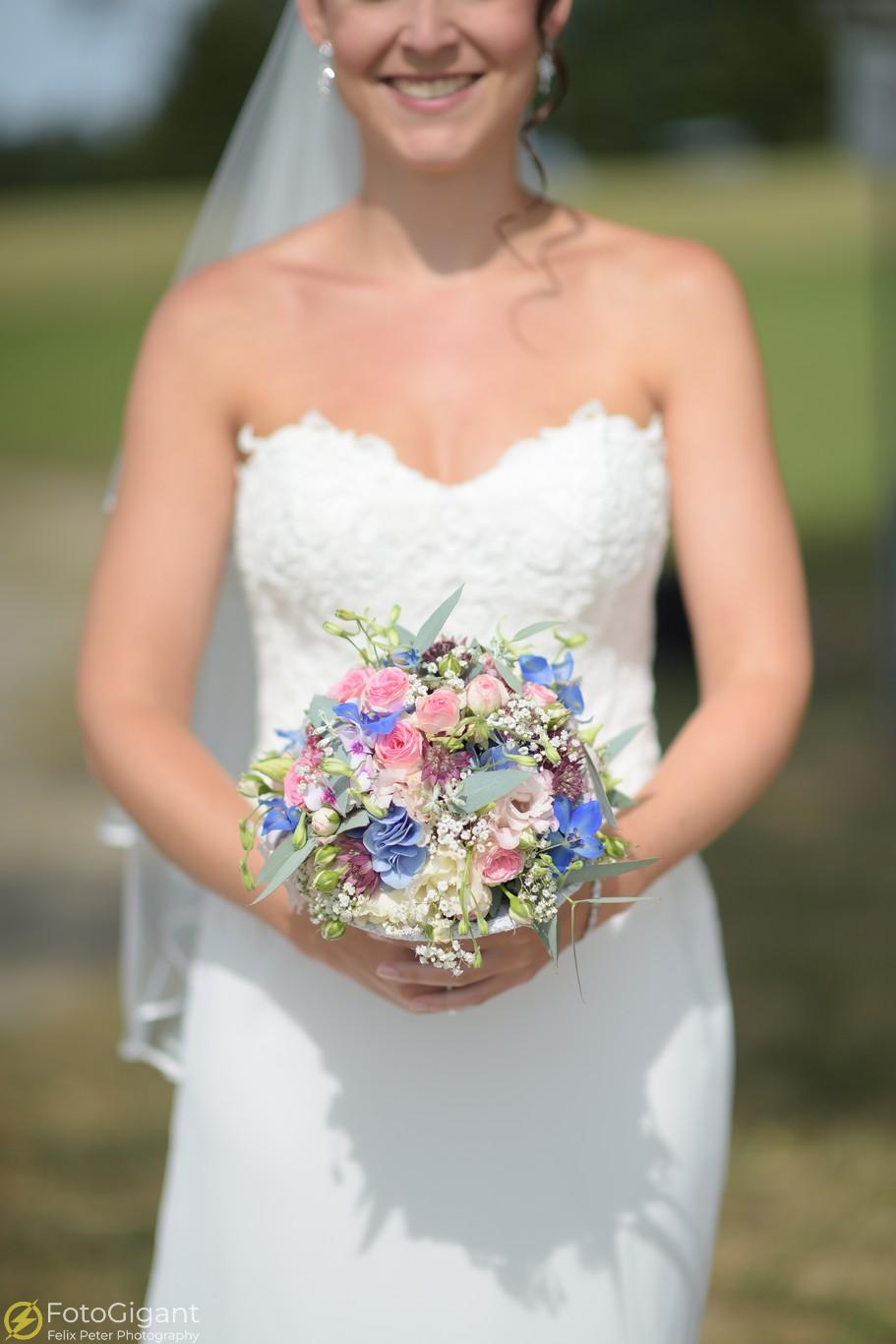 Hochzeitsfotograf_Bern_Thun_07.jpg