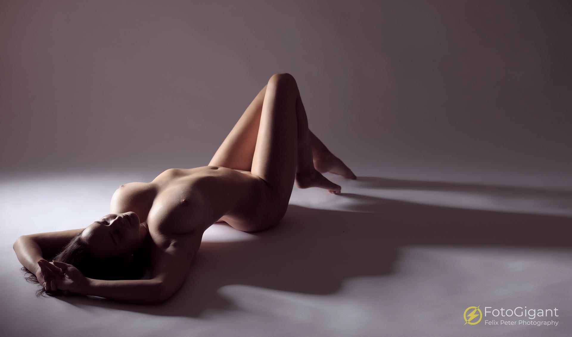 Traumhaft schöne Aktfotos für Privatpersonen, Amateur- und Profimodels -
