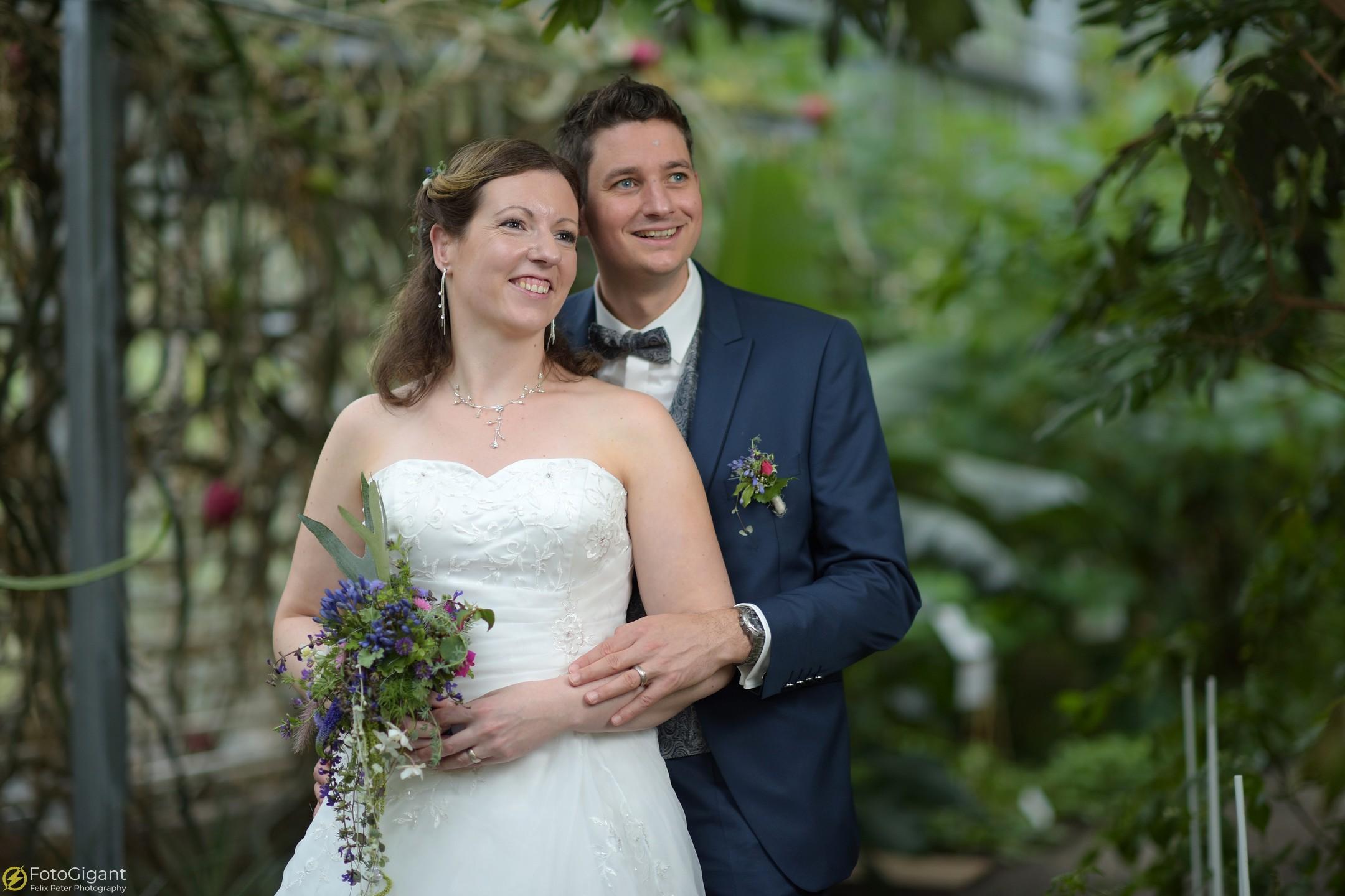 Hochzeitsfotograf_Frutigen_Bern_19.jpg