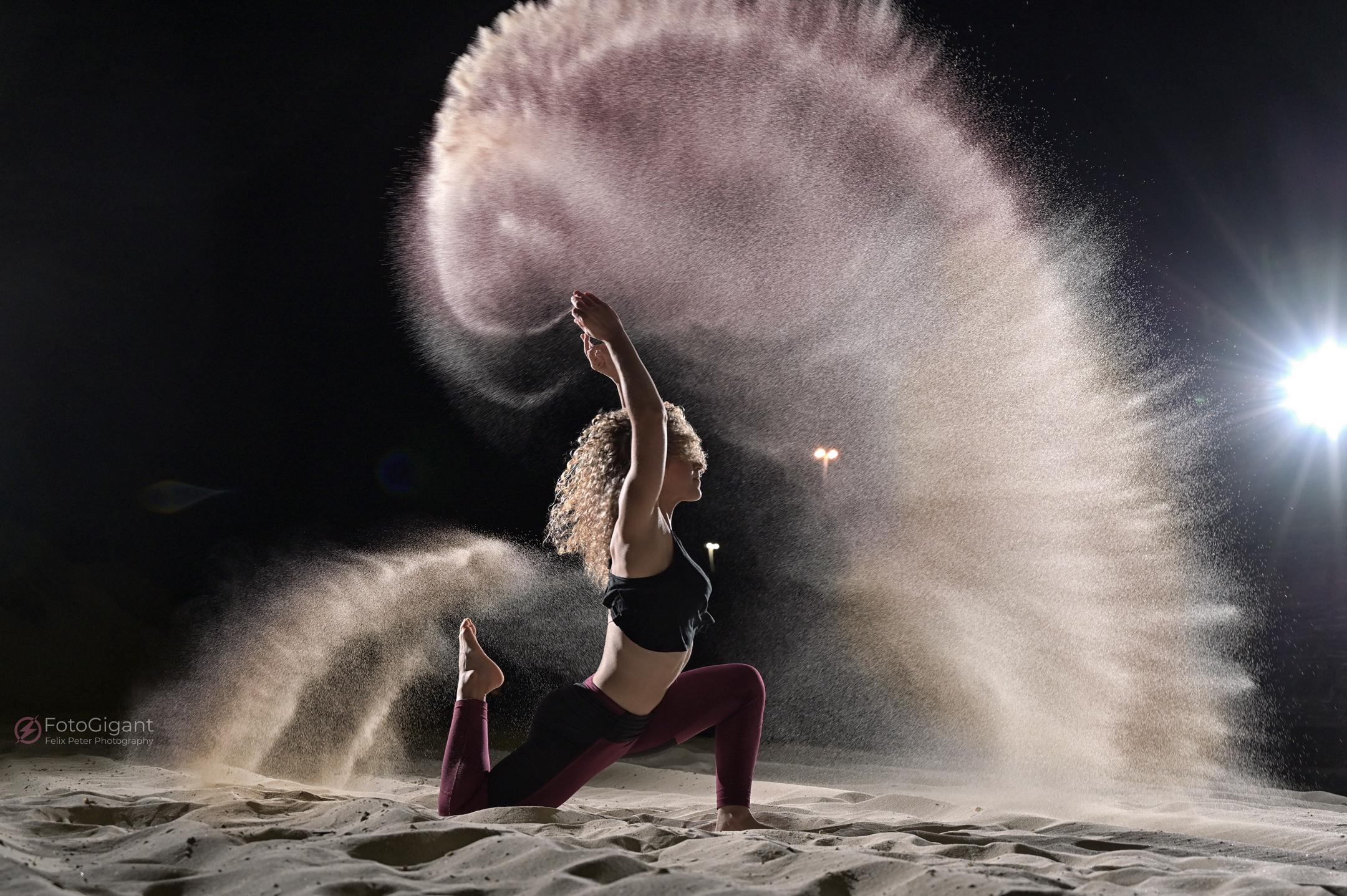 Sand-Flour-Mehl-Shooting_1.jpg