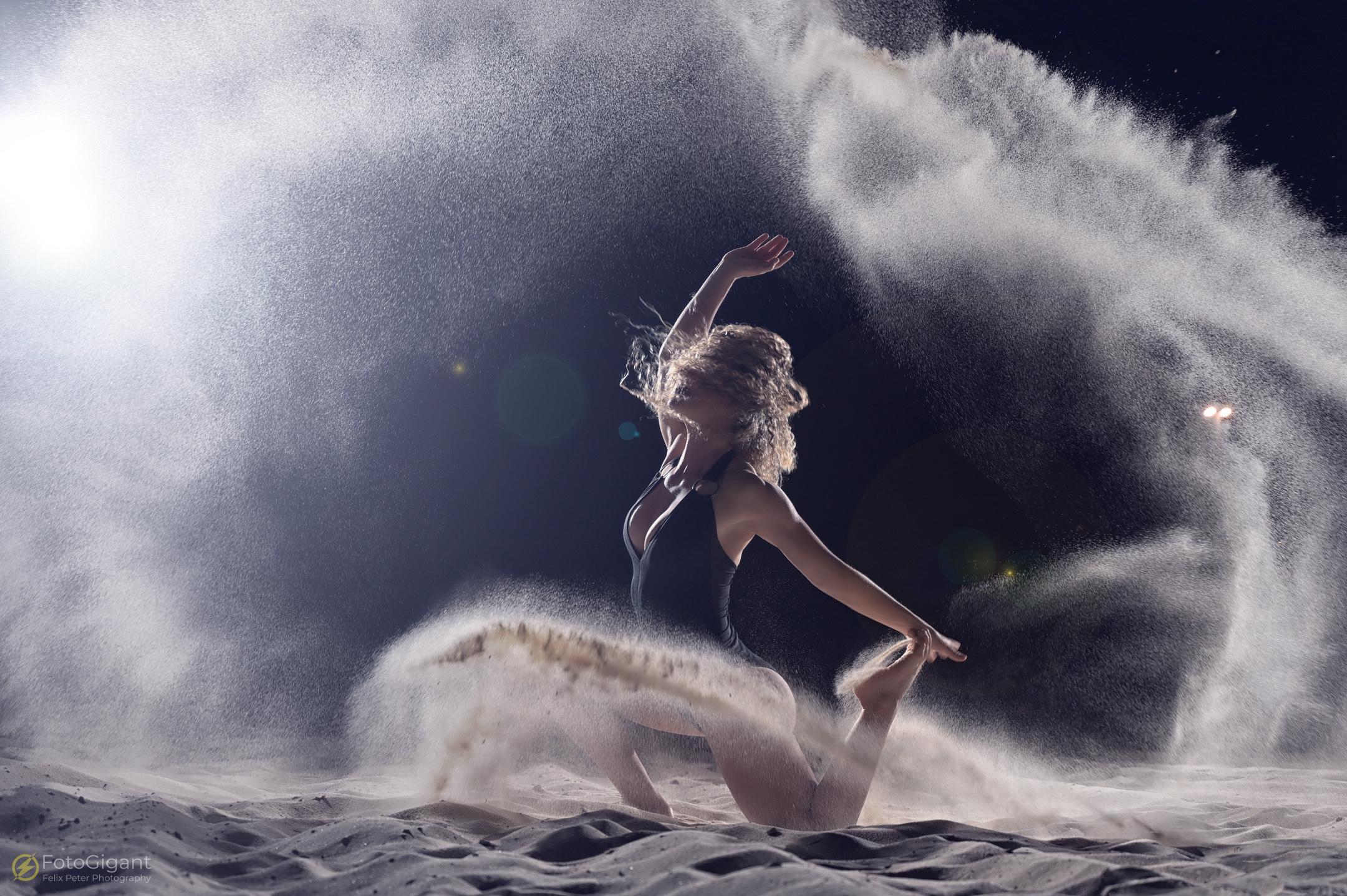Sand-Flour-Mehl-Shooting_3.jpg