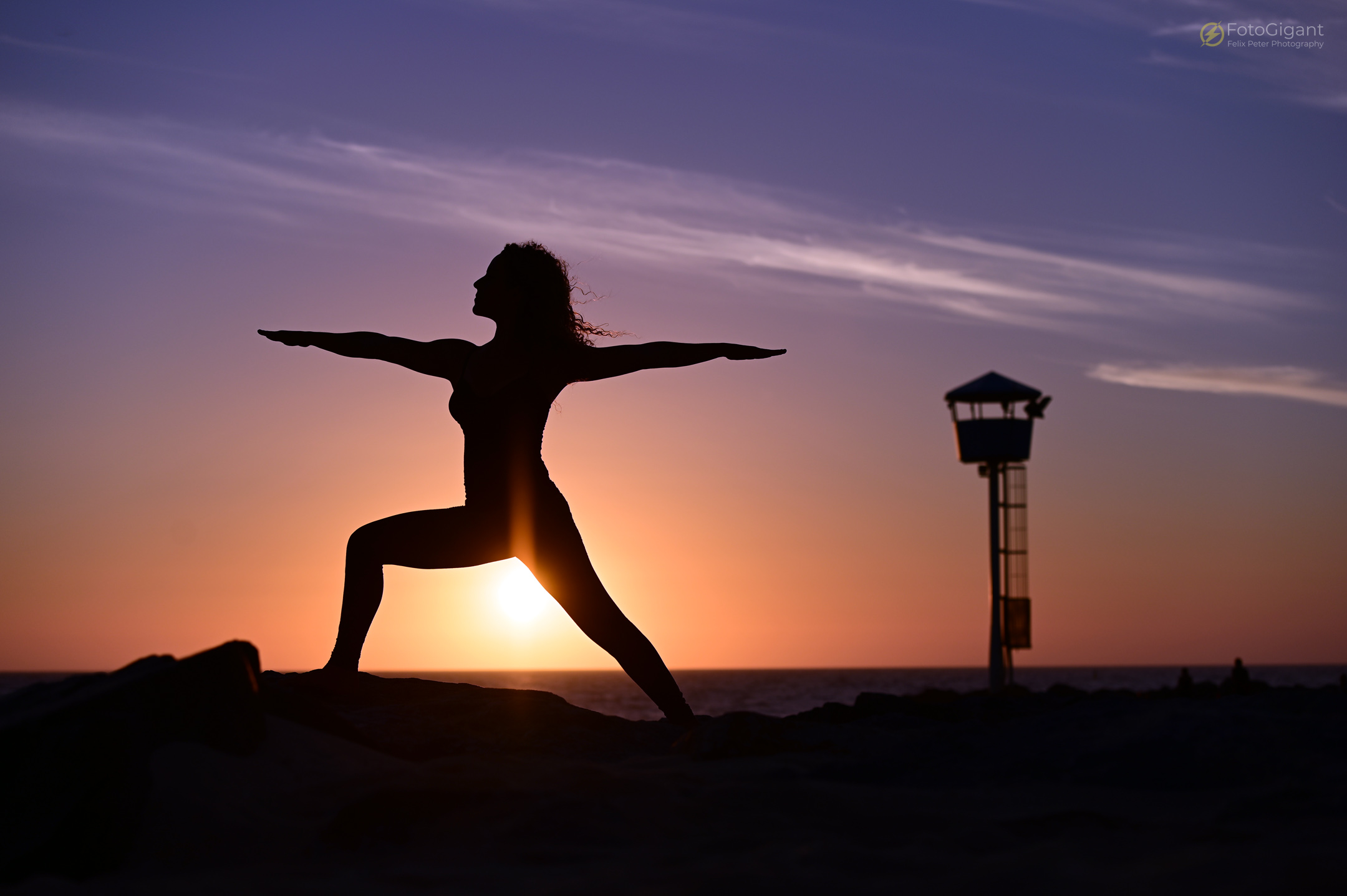 Pilates_Yoga_Silhouettes_06.jpg