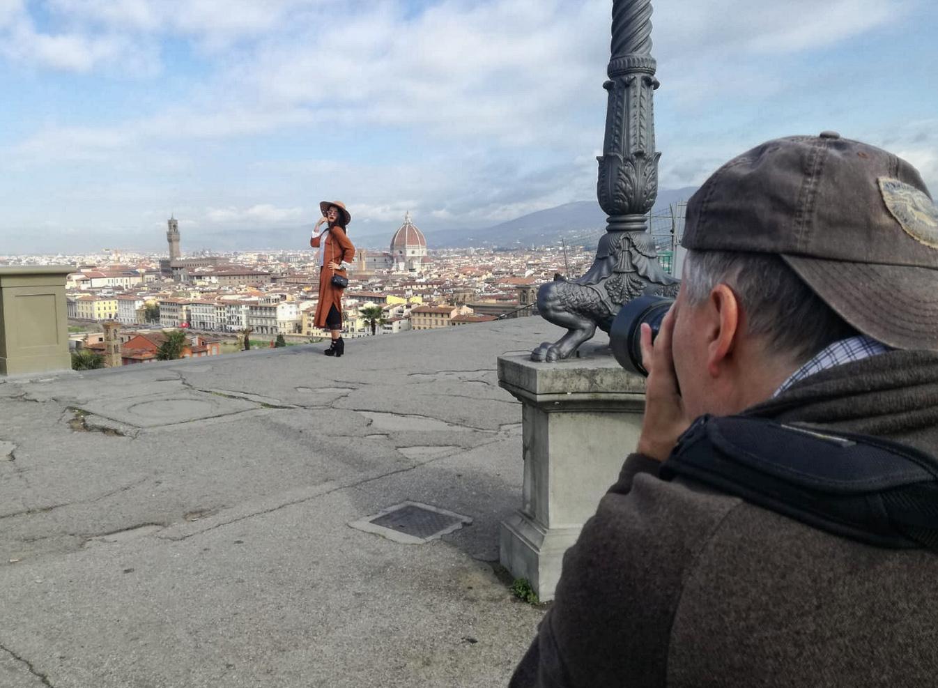 Behind the Scene on Piazzale Michelangelo