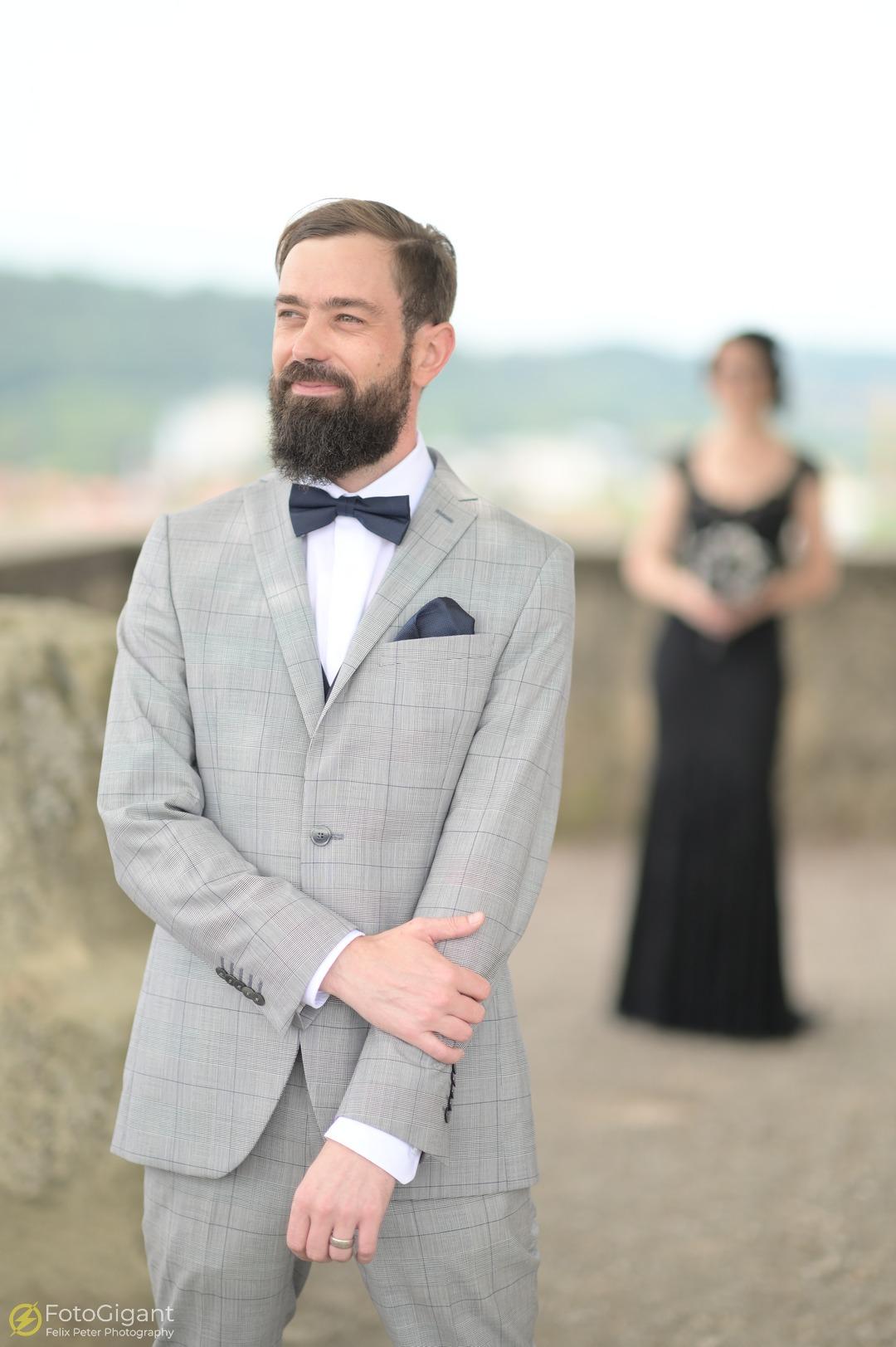 Hochzeitsfotografie_Schloss-Laupen_03.jpg
