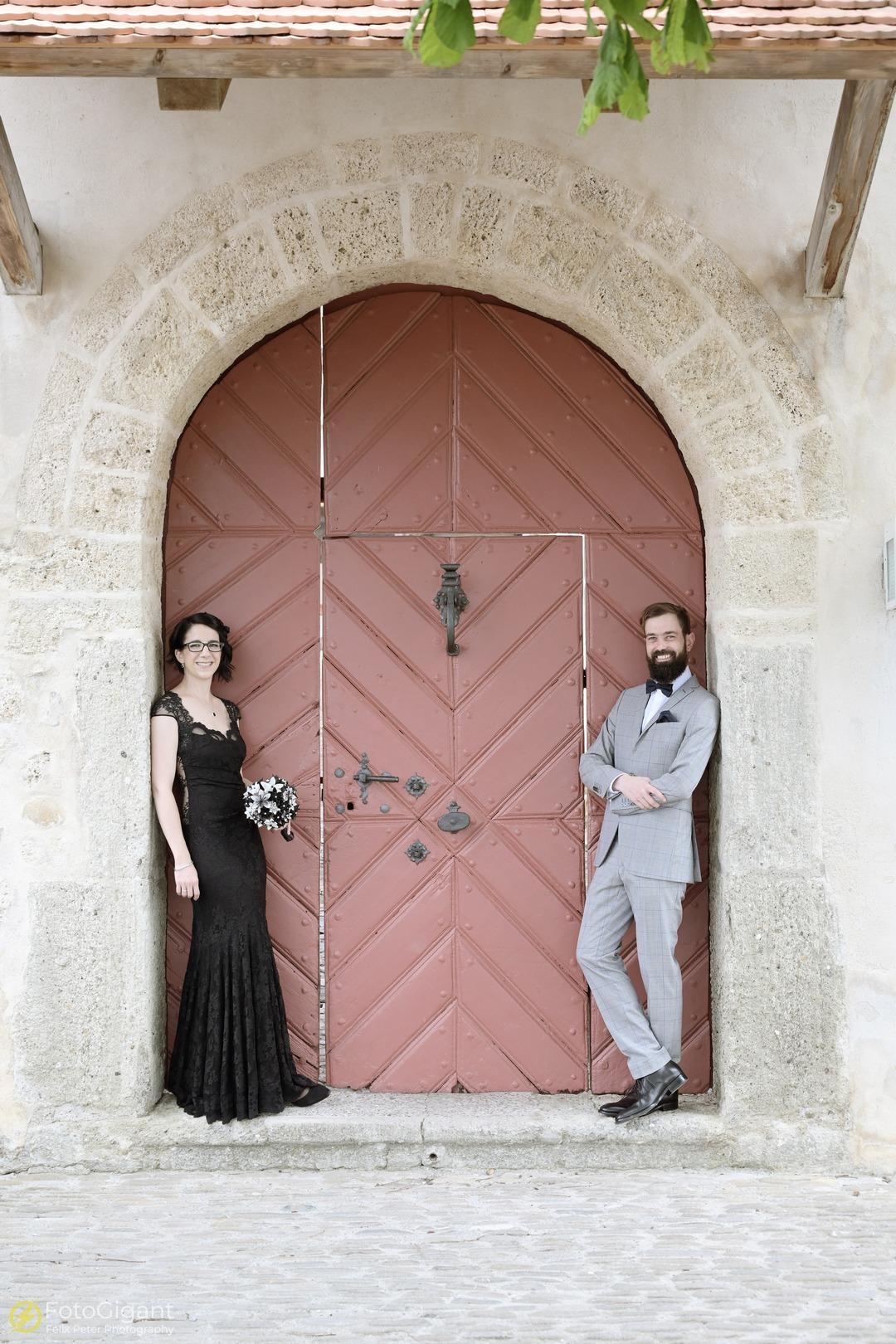 Hochzeitsfotografie_Schloss-Laupen_05.jpg