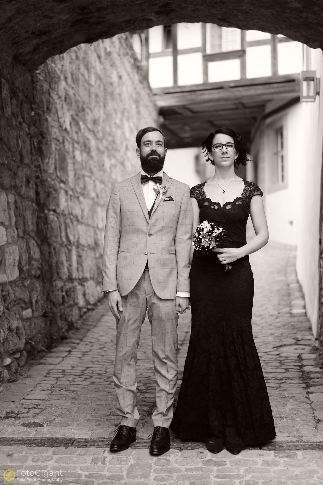 Hochzeitsfotografie_Schloss-Laupen_10.jpg