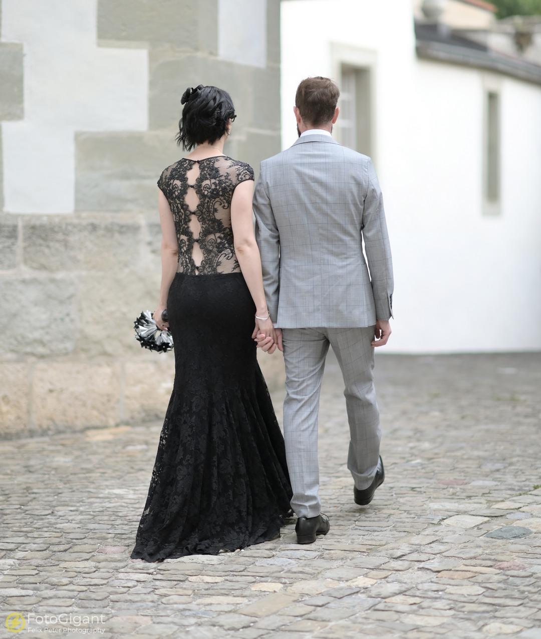 Hochzeitsfotografie_Schloss-Laupen_13.jpg