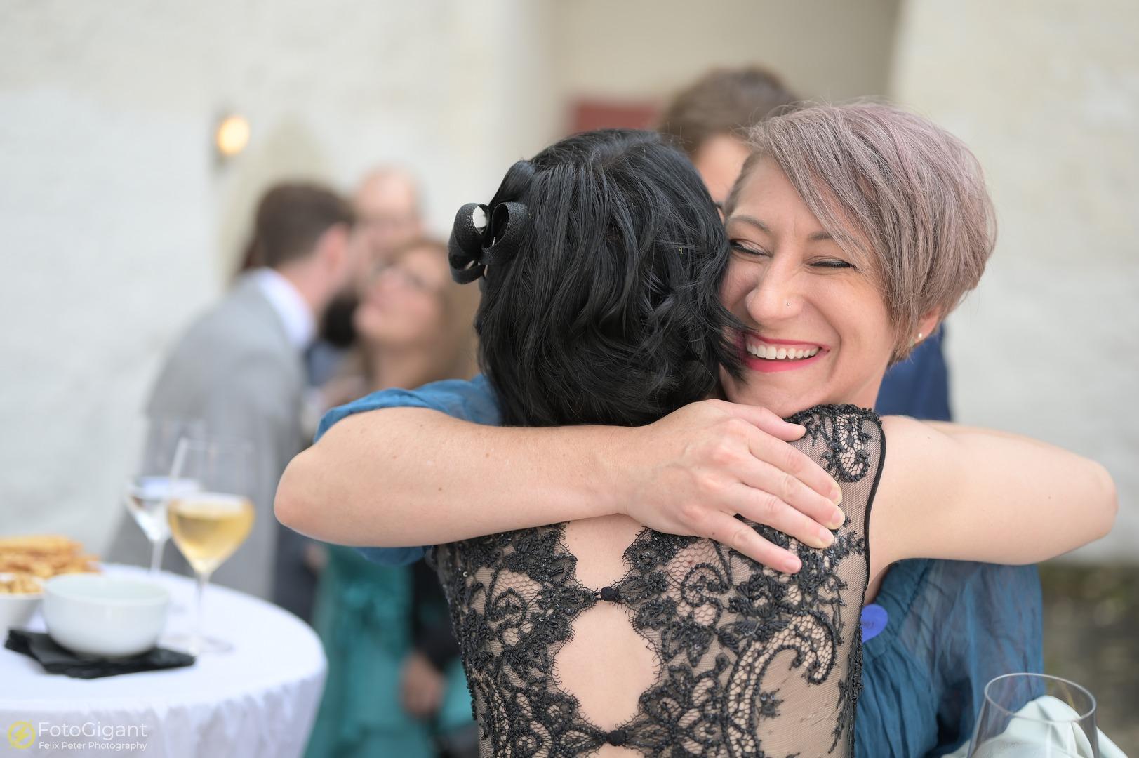 Hochzeitsfotografie_Schloss-Laupen_24.jpg