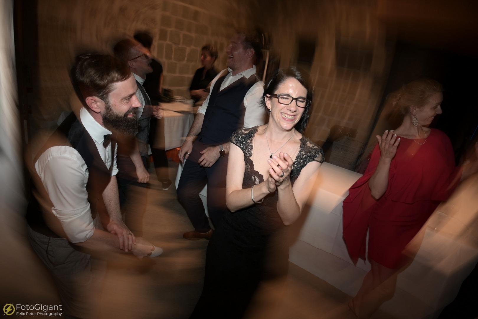 Hochzeitsfotografie_Schloss-Laupen_34.jpg