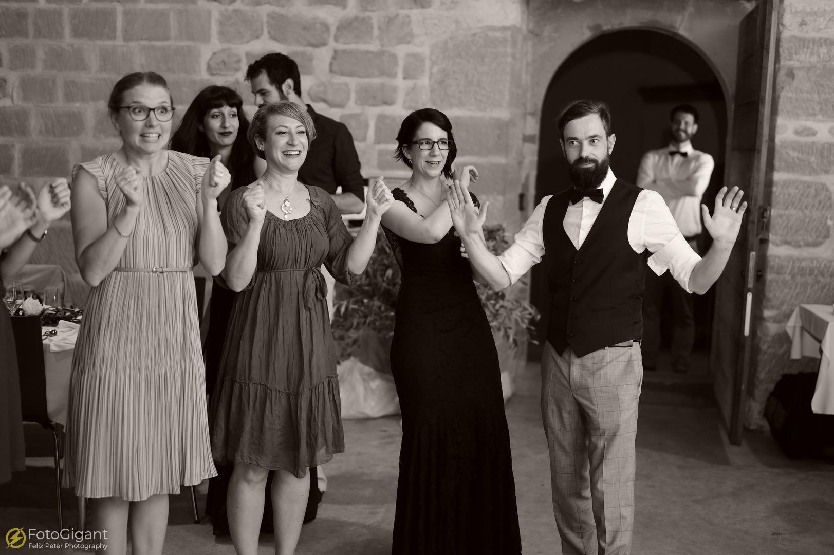 Hochzeitsfotografie_Schloss-Laupen_36.jpg