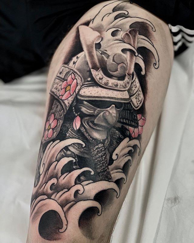 Finished off this samurai piece. Mask healed horns fresh #samurai#japanesetattoo#asianart#irezuki#bng#tattoo#tattoos#chetsr#chestertttoo @inkedmag @skinart_collectors @skinart_healed @irezumi_sketches @irezumicollective @asian_inkandart @asian_inkspiration @butterluxe_uk
