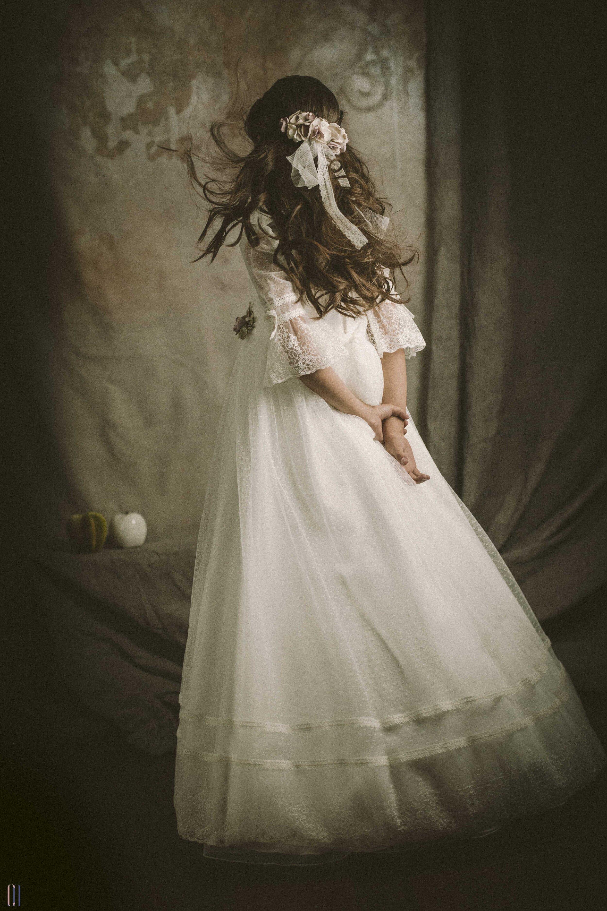alejandra vestida de comunion-1-2.jpg