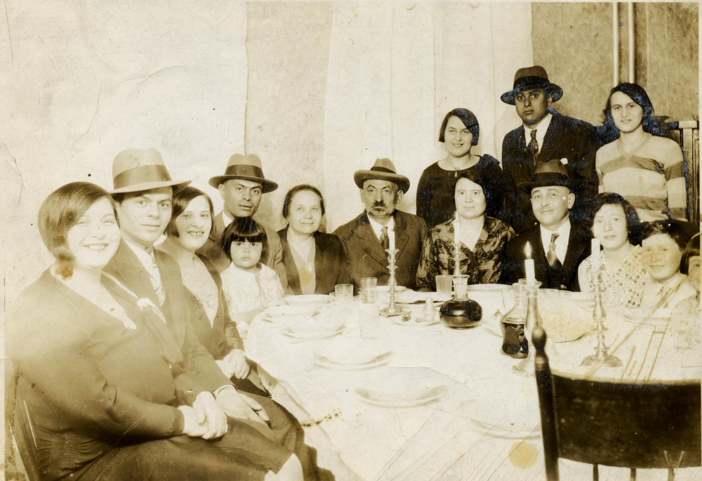 Petlock Family Rosh Hashonah (1928)