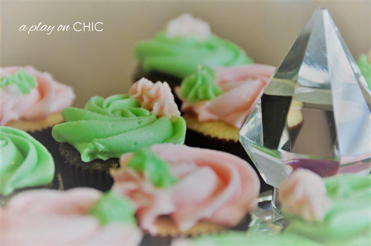 Baby-Birthday-Cupcakes-v2.jpg