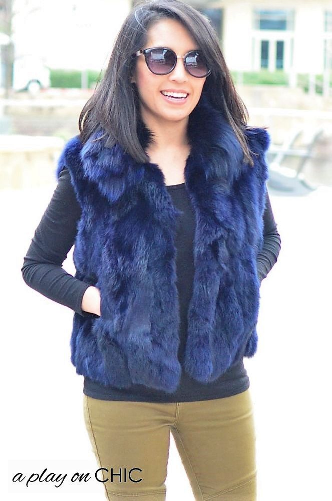 Blue-Faux-Fur-Vest-Green-Ankle-Boots-15.jpg