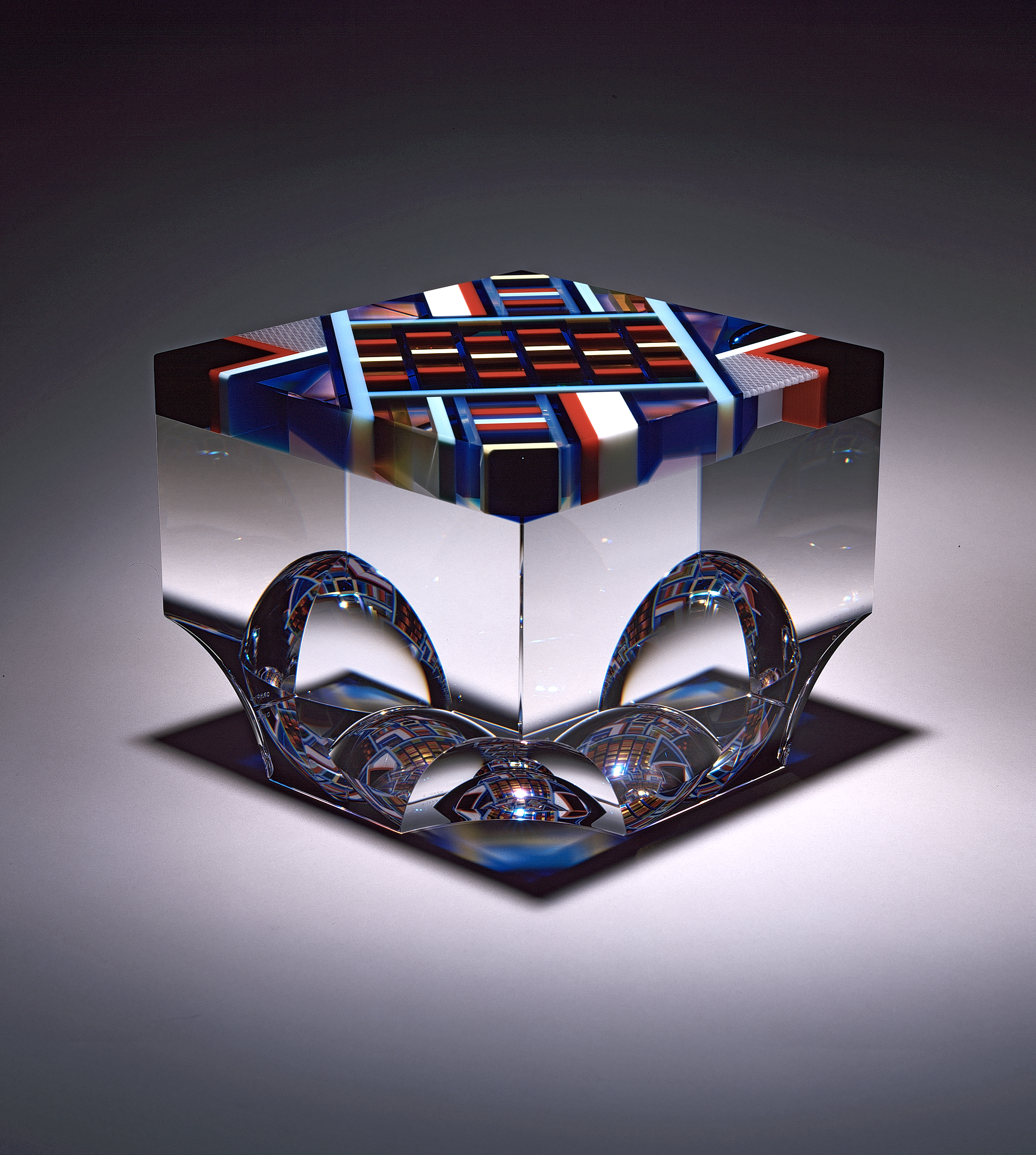 David Huchthausen (Ameircan, born 1951). Echo Chamber,  1999.Cut, laminated, and optically-polished glass;11 x 9 x 8 in. Courtesy of Huchthausen Studio. Photo courtesy of the artist.