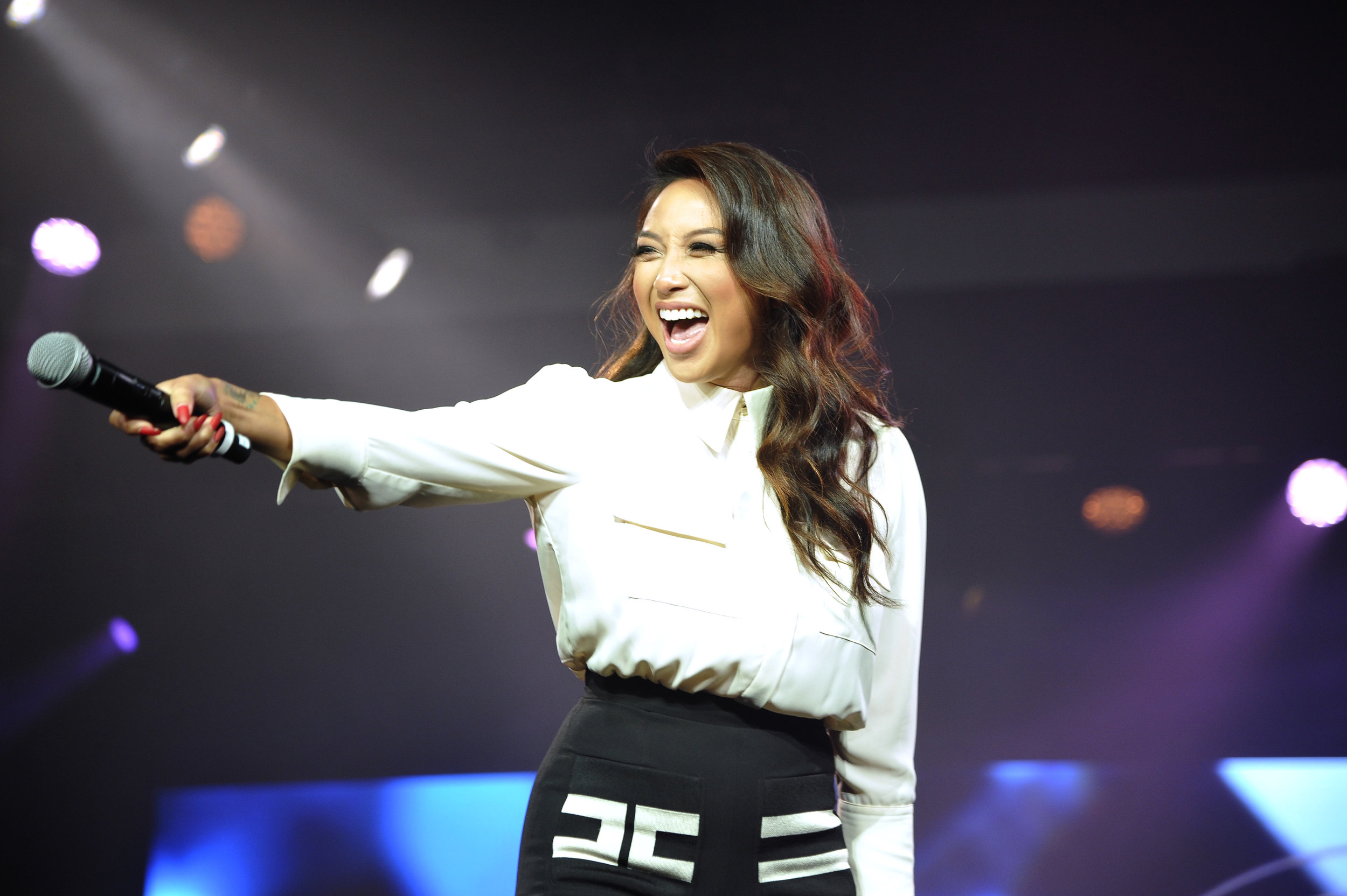 Jeannie Mai PC: Beautycon