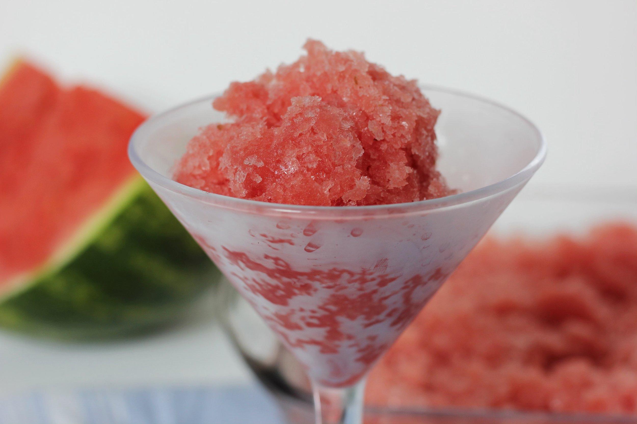 Easy No Bake Summertime Dessert by Kerry Fannon, Registered Dietitian Nutritionist in Fort Lauderdale