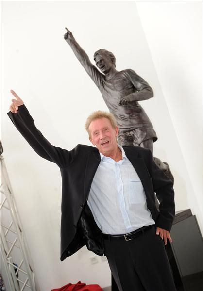 Denis at the unveiling of his statue 'Legend' at Aberdeen Sports Village.
