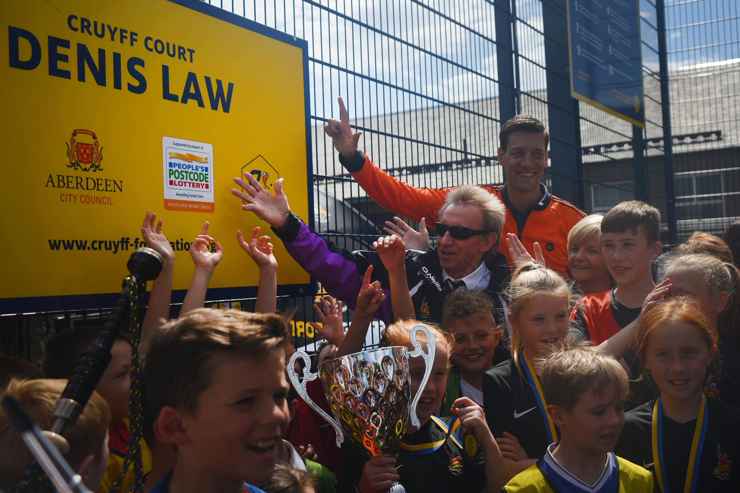 Kirstin also assisted in the official opening of the Cruyff Court Denis Law, situated on Catherine St in the heart of Aberdeen.