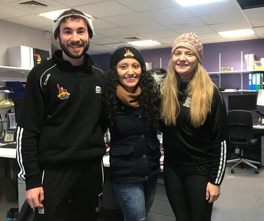 Before leaving, Glenda (middle) presented Peruvian woolly hats to Lewis and Hannah as a parting gift!