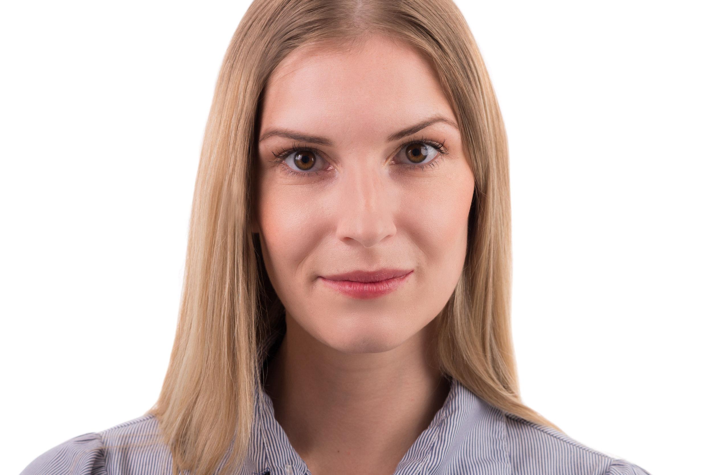 Blonde Businesswoman Headshot Photo Wearing Light Shirt