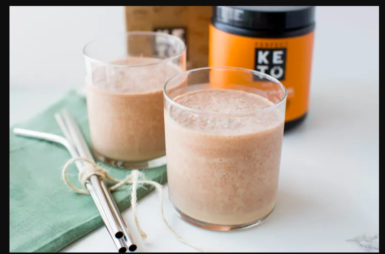 keto salted carmel coffee smoothie.png
