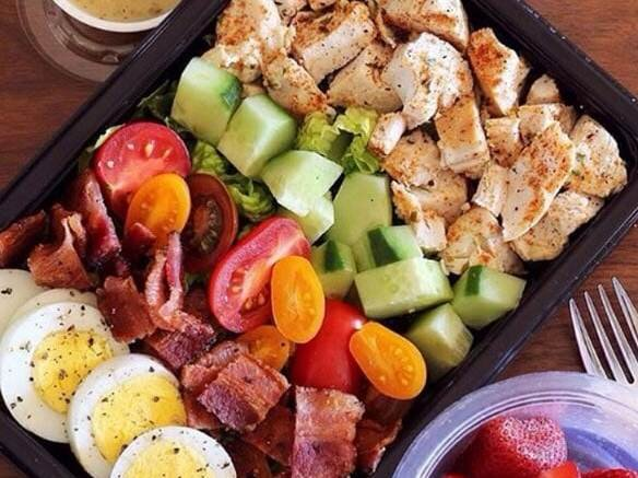 keto lunch meal prep cobb salad.jpg