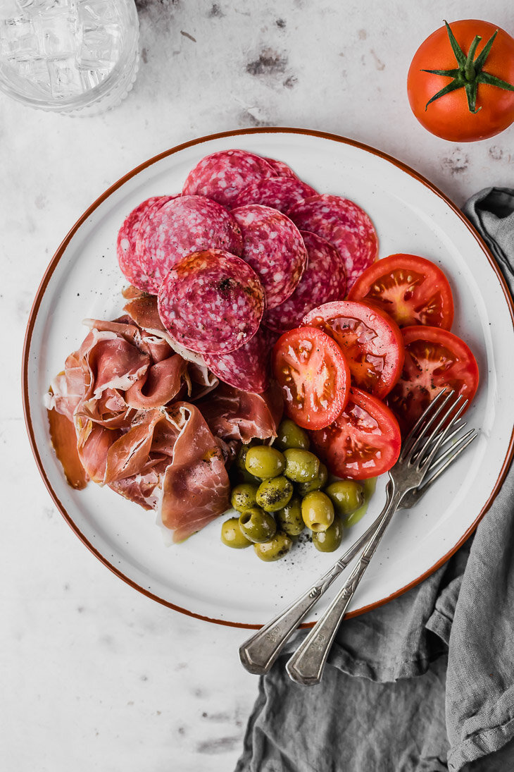 quick keto lunch olive plate.jpg