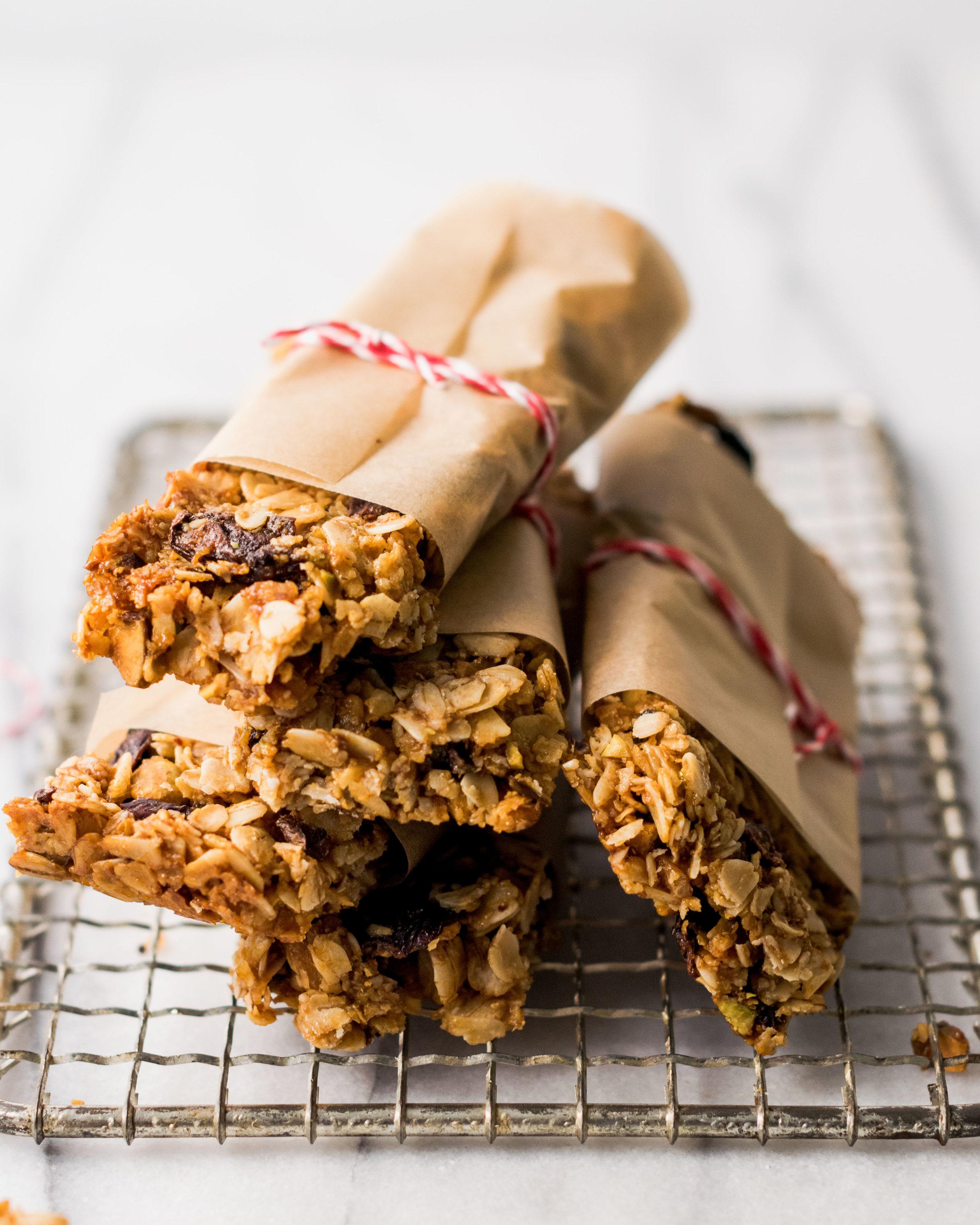 oats & honey granola bars-2.jpg