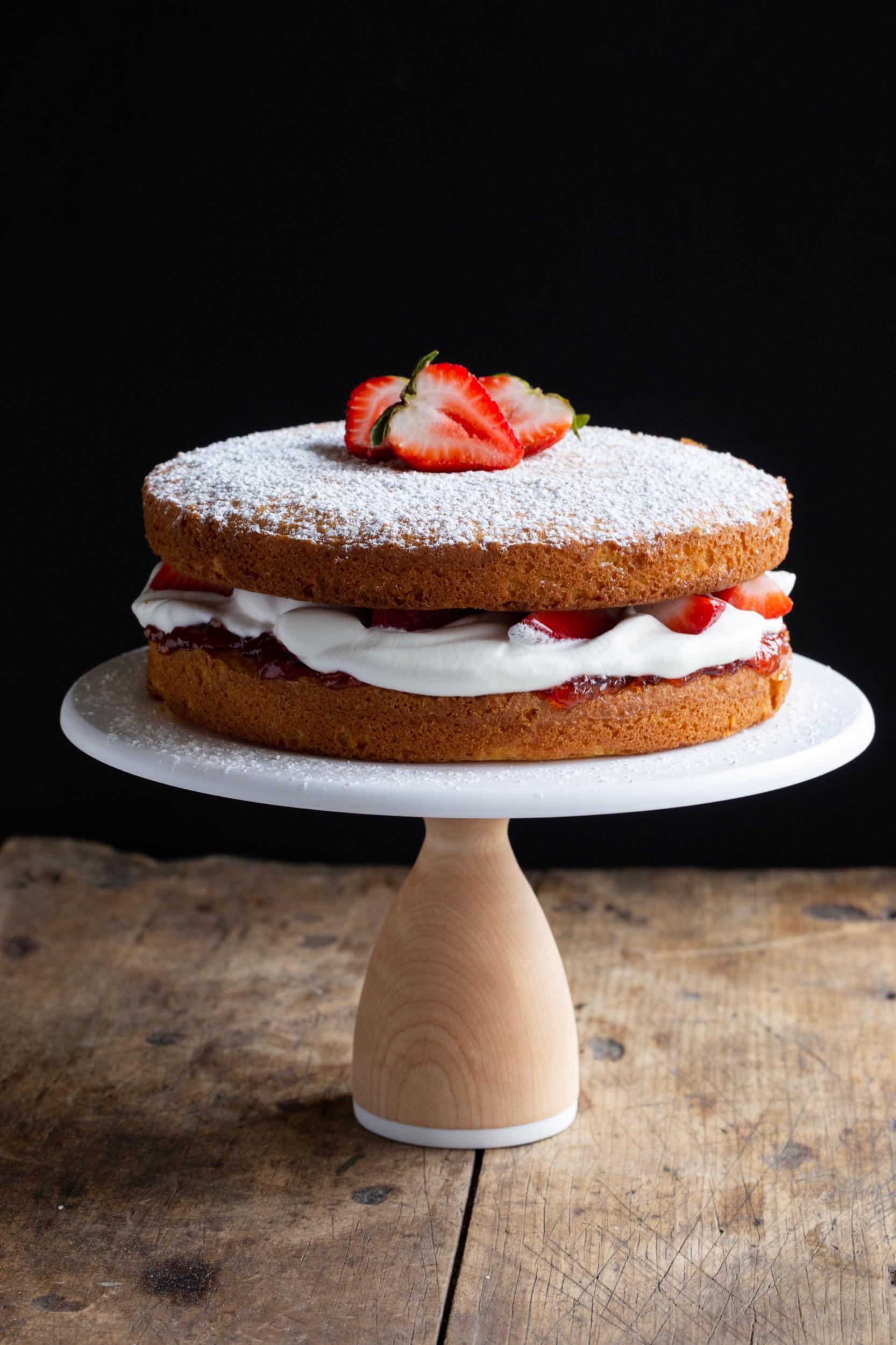 Victoria Sponge Cake The Vivid Kitchen