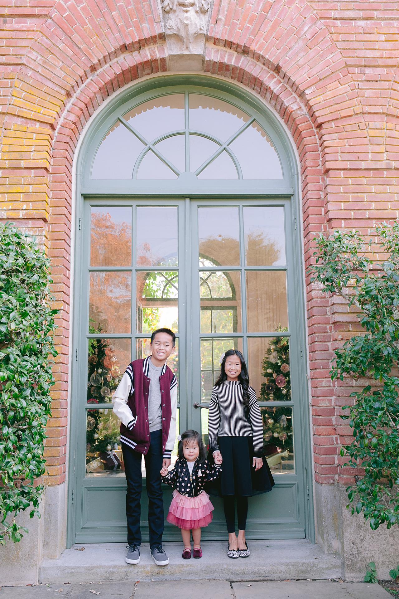 Fioli_Gardens_Woodside_Children_and_Family_Portrait_005.jpg