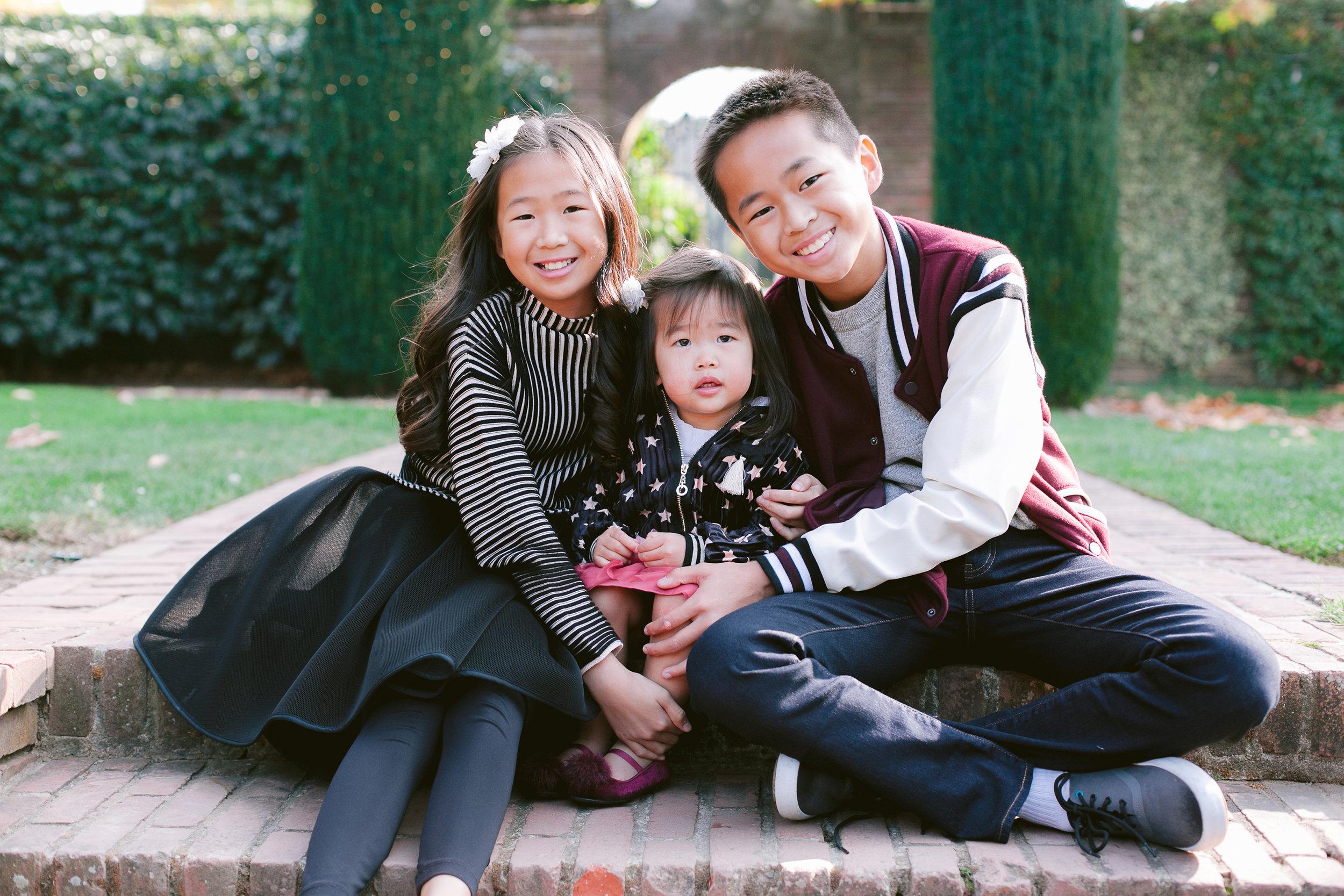 Fioli_Gardens_Woodside_Children_and_Family_Portrait_009.jpg