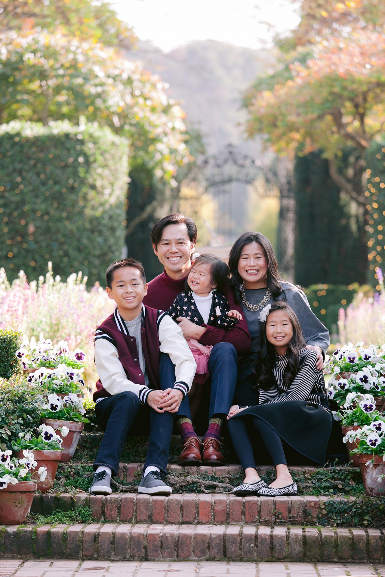Fioli_Gardens_Woodside_Children_and_Family_Portrait_011.jpg