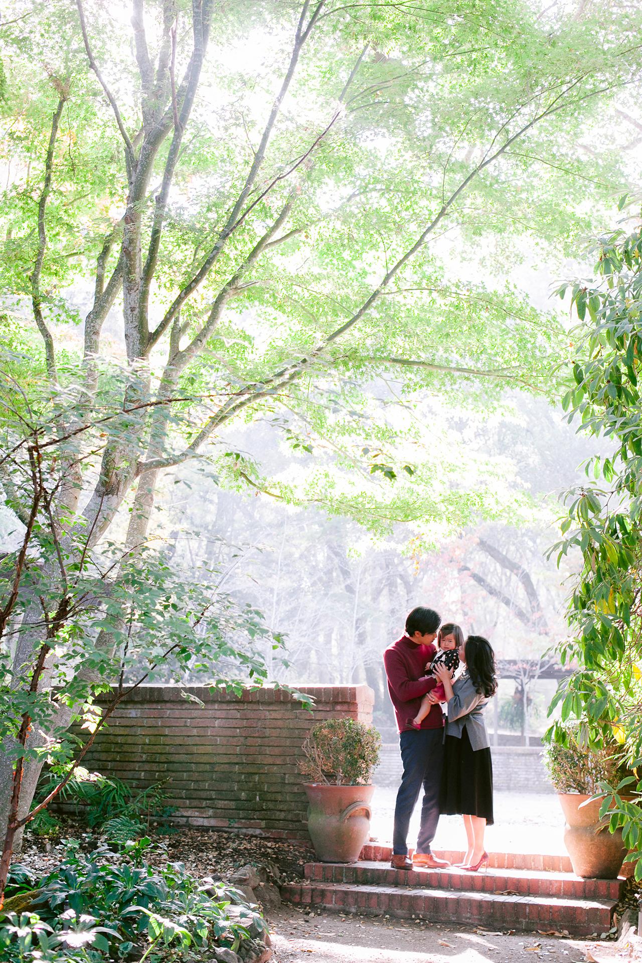 Fioli_Gardens_Woodside_Children_and_Family_Portrait_015.jpg