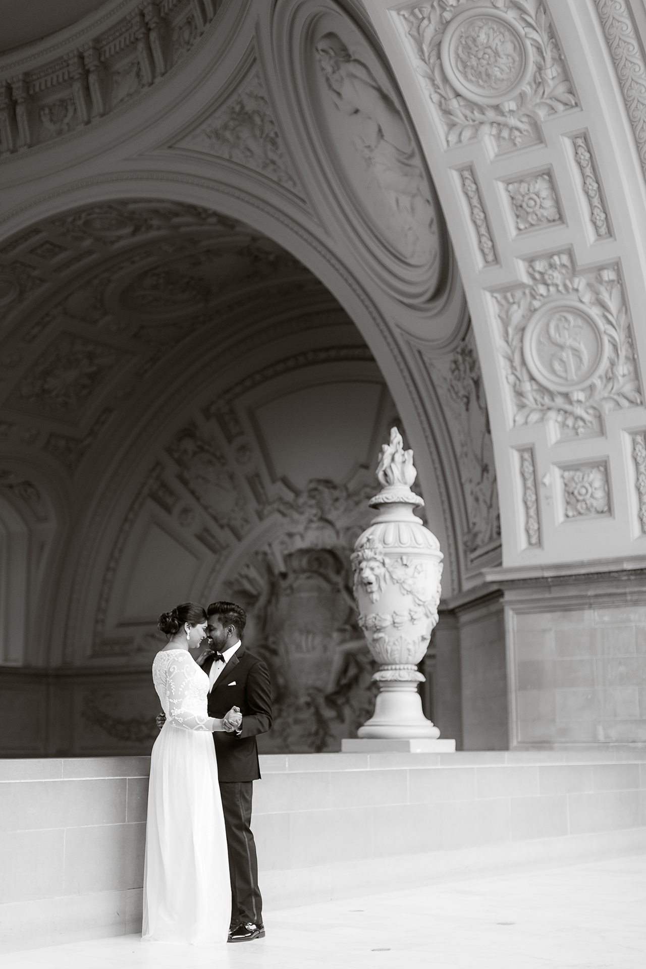 San_Francisco_City_Hall_Wedding_013.jpg