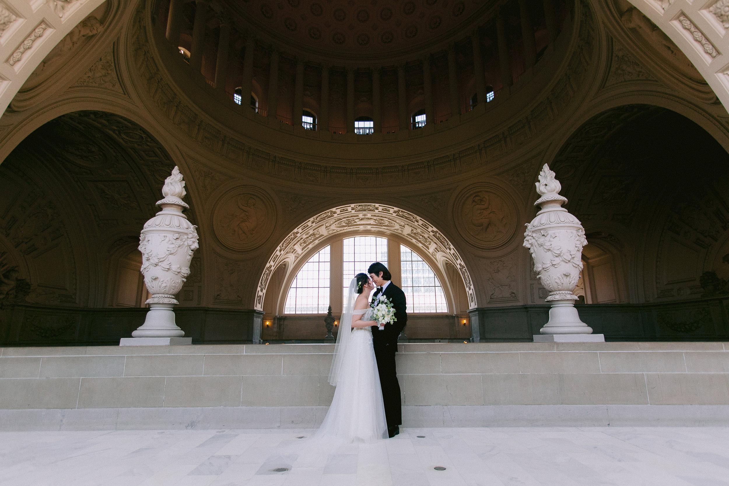 San_Francisco_City_Hall_Wedding_009.jpg
