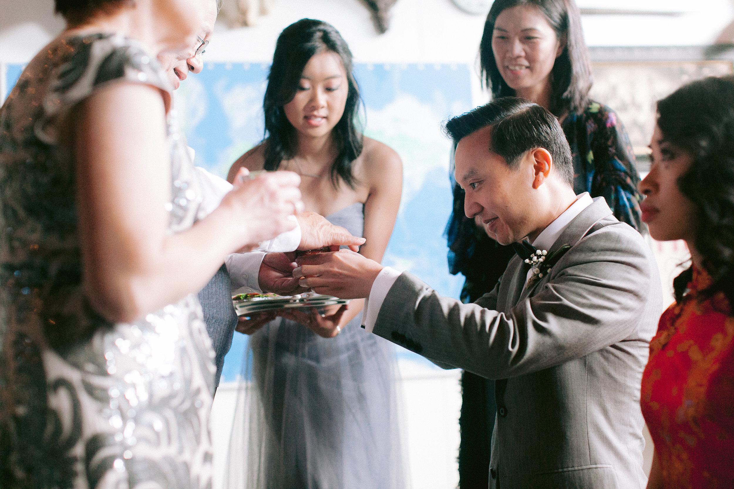 Almanac_Barrel_House_Wedding_006.jpg
