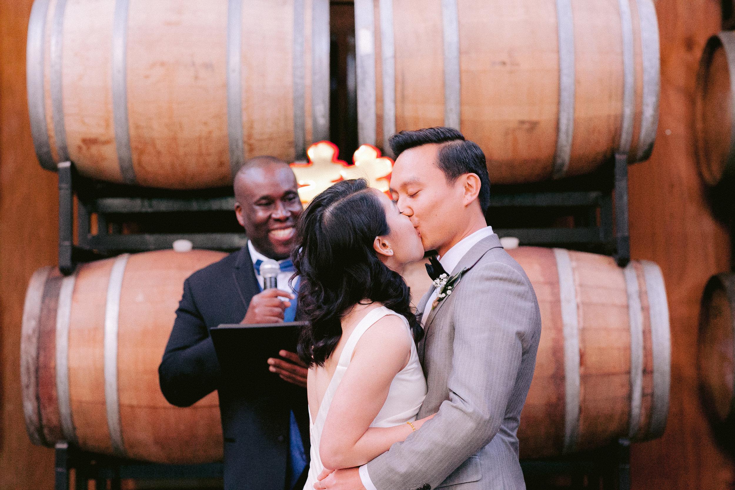 Almanac_Barrel_House_Wedding_016.jpg