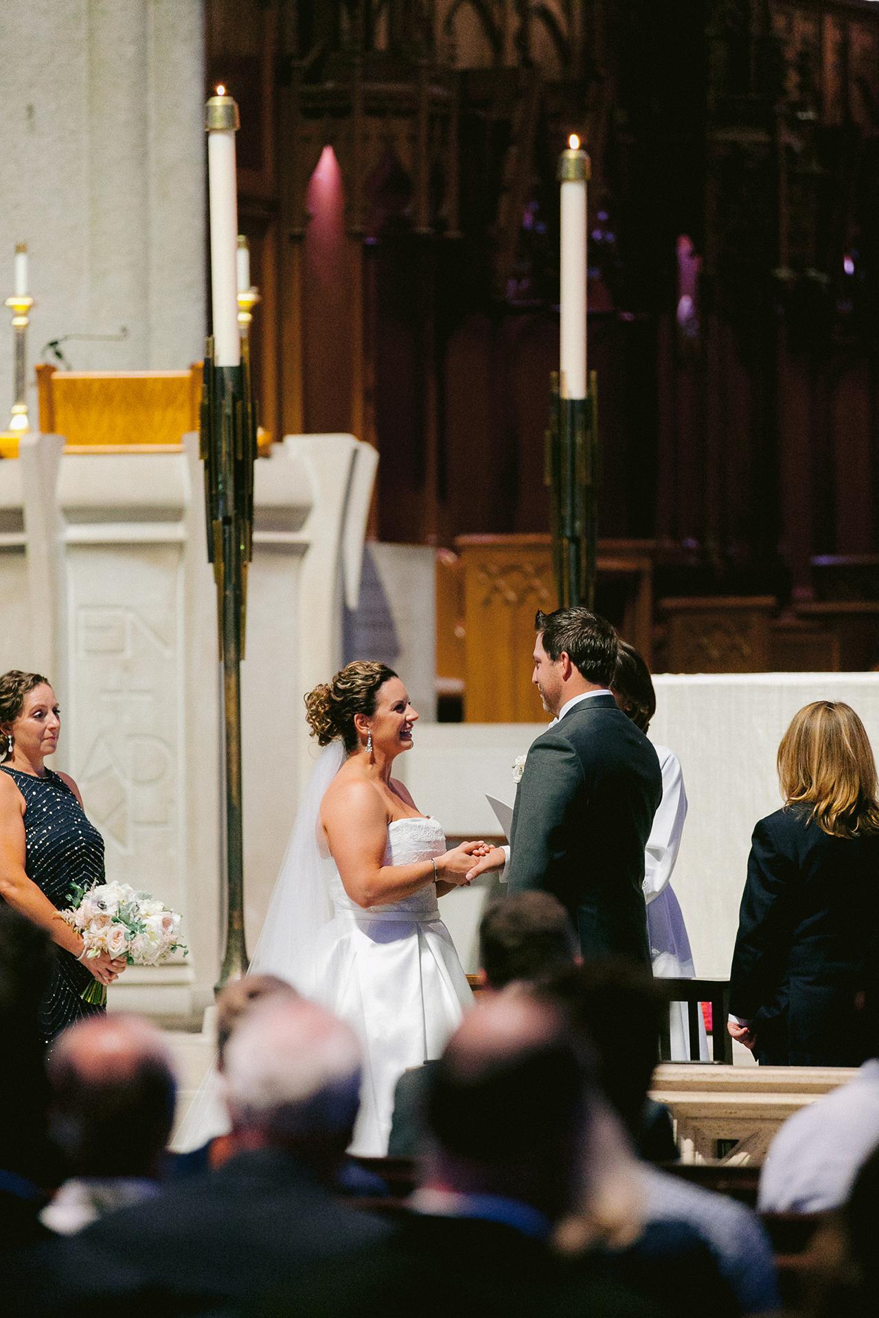 Grace_Cathedral_Tarra_Gallery_Wedding_012.jpg