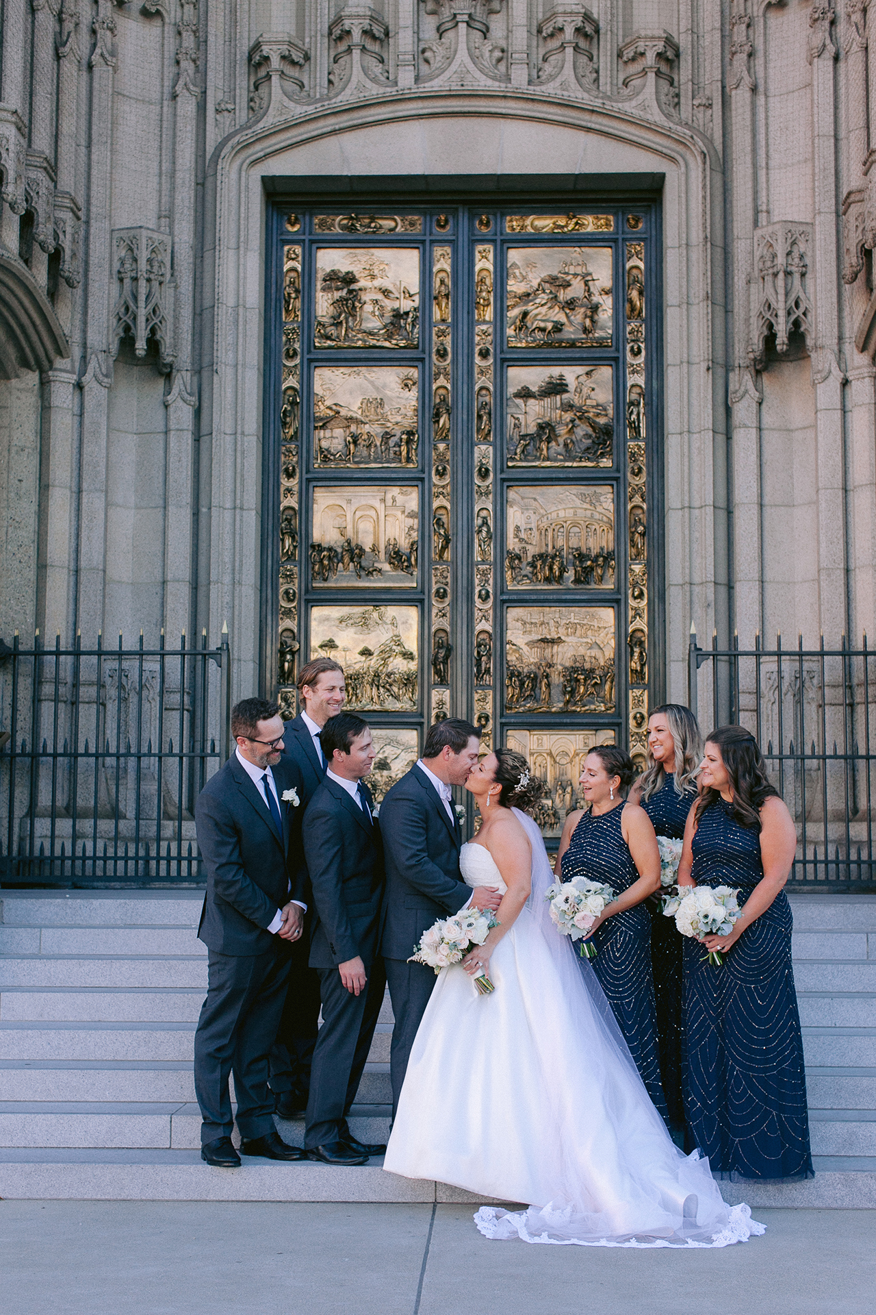 Grace_Cathedral_Tarra_Gallery_Wedding_018.jpg